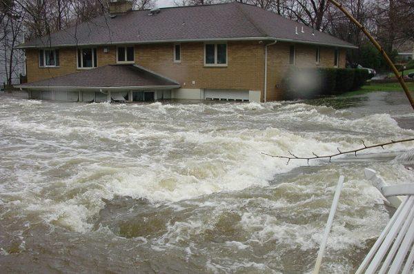 Wat doen bij wateroverlast?